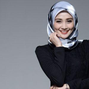 Wajah Artis Malaysia Wawa Zainal