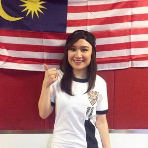Hani Fadzil Pakai Cap