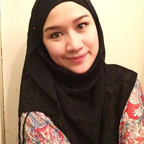 Hani Fadzil Pakai Tudung Sangat Sweet