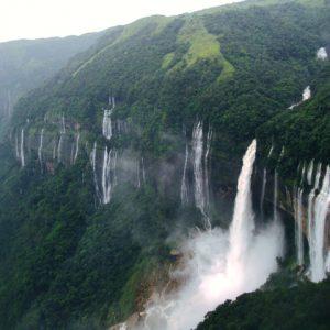 Olo'upena Falls USA
