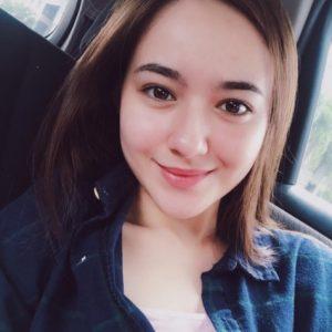 Gadis Cantik Hanna Delisha