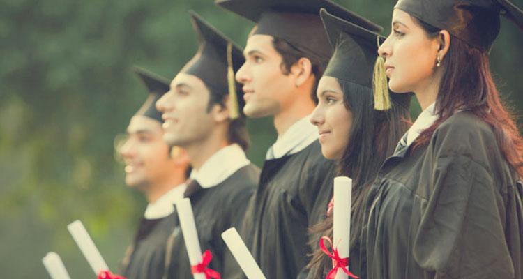 Graduan Lepasan Universiti