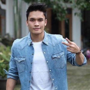Biodata Randy Pangalila Aktor Indonesia