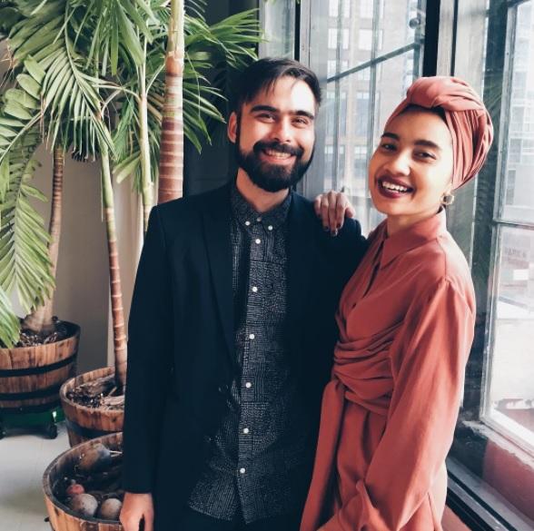 Pasangan Yuna Adam Sinclair