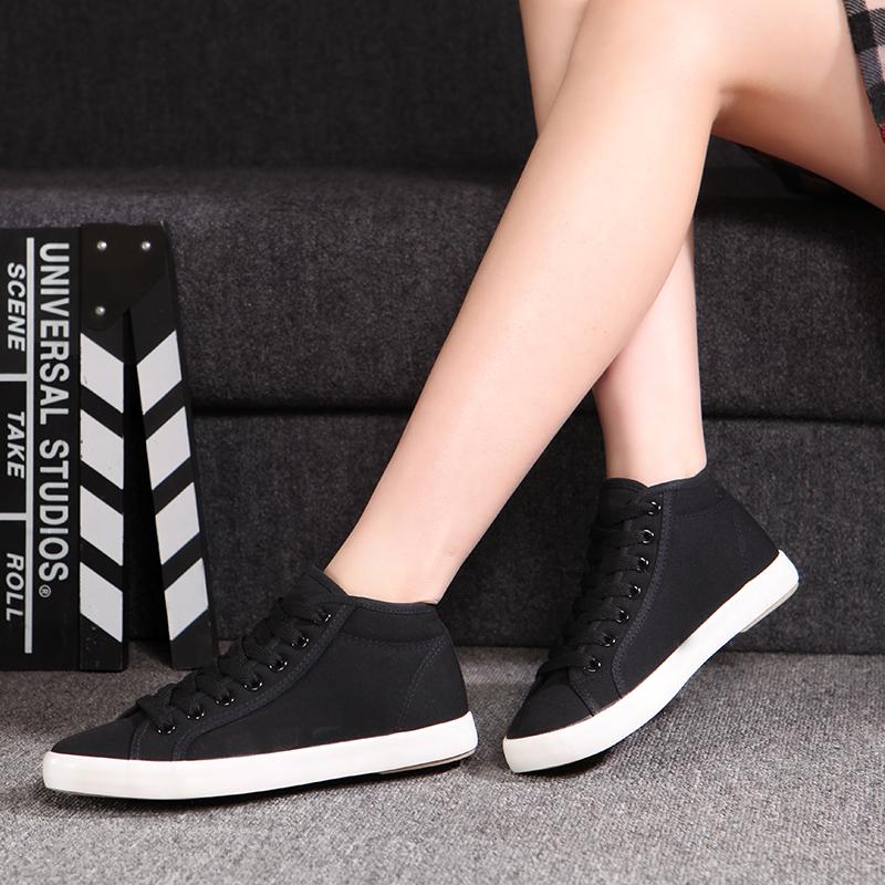 Sneakers Wanita 2017
