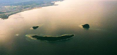 Pulau Senyum