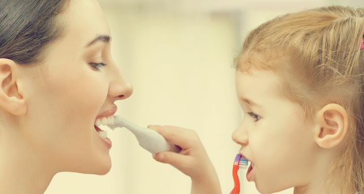 Cara Memujuk Anak Menggosok Gigi,