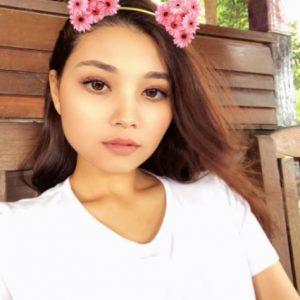 Nina Nadira, Aktres Drama Red Velvet