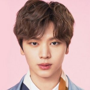 Yook Sung Jae Pictures
