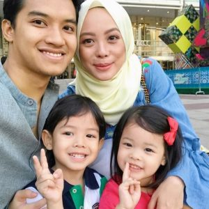Keluarga Fadza Anuar Dan Vivy Yusof