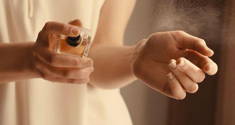 10 Perfume Wanita Terbaik Sepanjang Zaman