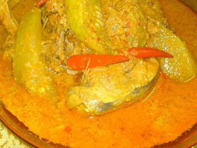 2 Ikan Tongkol Gulai