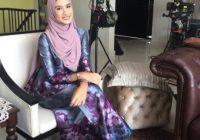 Neera Azizi Berhijab Cantik