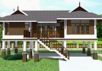 Rumah tinggi gaya Thai dengan bumbung perak