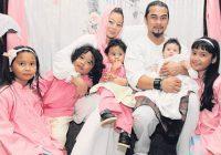 Awie Bersama Keluarga Dan Anak
