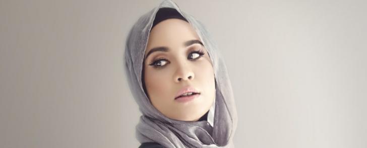 Permalink to Wanita Darah Campuran Bella Dally Sah Milik Nazim Othman