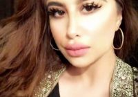 Bibir Seksi Waliyha Azad