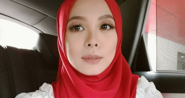 Permalink to Biodata Penuh Vivy Sofinas Yusof, Pengasas FashionValet, Duck Scarves