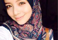 Mira Filzah Selfie Pakai Tudung Bunga