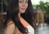 Pelakon Maya Karin
