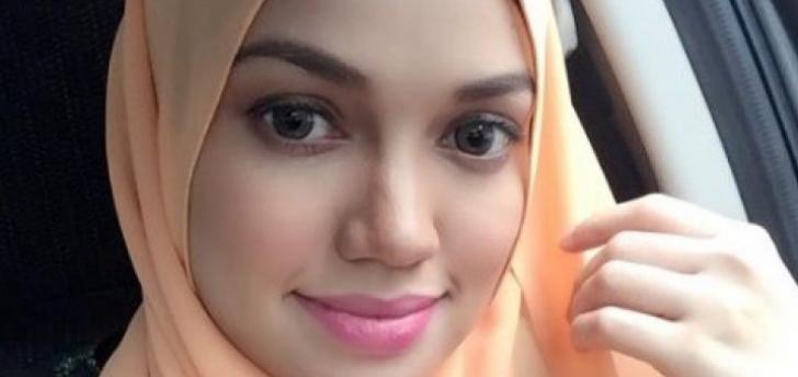 Permalink to Biodata Puteri Sarah Liyana, Isteri Pengarah Filem Terkenal Syamsul Yusof
