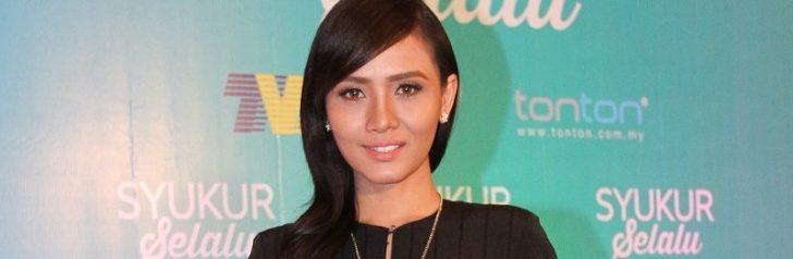 Permalink to Biodata Pelakon Berbakat Besar Siti Elizad Sharifudin