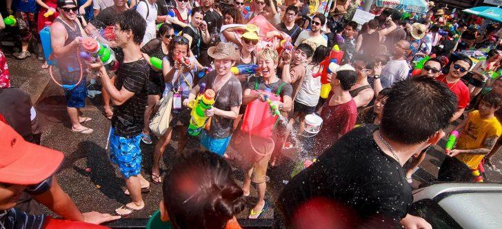 Permalink to Pesta Air Songkran Di Thailand, Kenapa Ia Menarik?