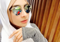 Wajah Lufya Omar Berhijab Cantik