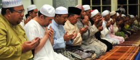 Biodata KDYMM Sultan Kelantan, Sultan Muhammad Ke-V, Berjiwa Rakyat Disanjungi Lagi Disukai